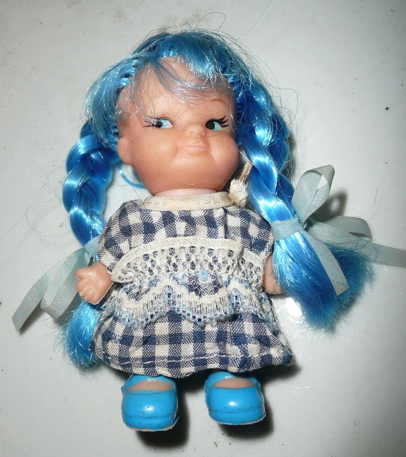 Pee Wee Ponytails Uneeda BLUE Hair Doll *NIB