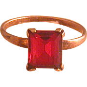 Vintage Size 4 Lady's Ring 10K Gold Filled w/Red Glass Stone