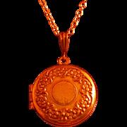 Vintage Pididdly Links, Ltd. Locket Pendant, circa 1980-90