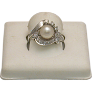 14K White Gold/Pearl/Diamond Lady's Ring, Size 6 ¼