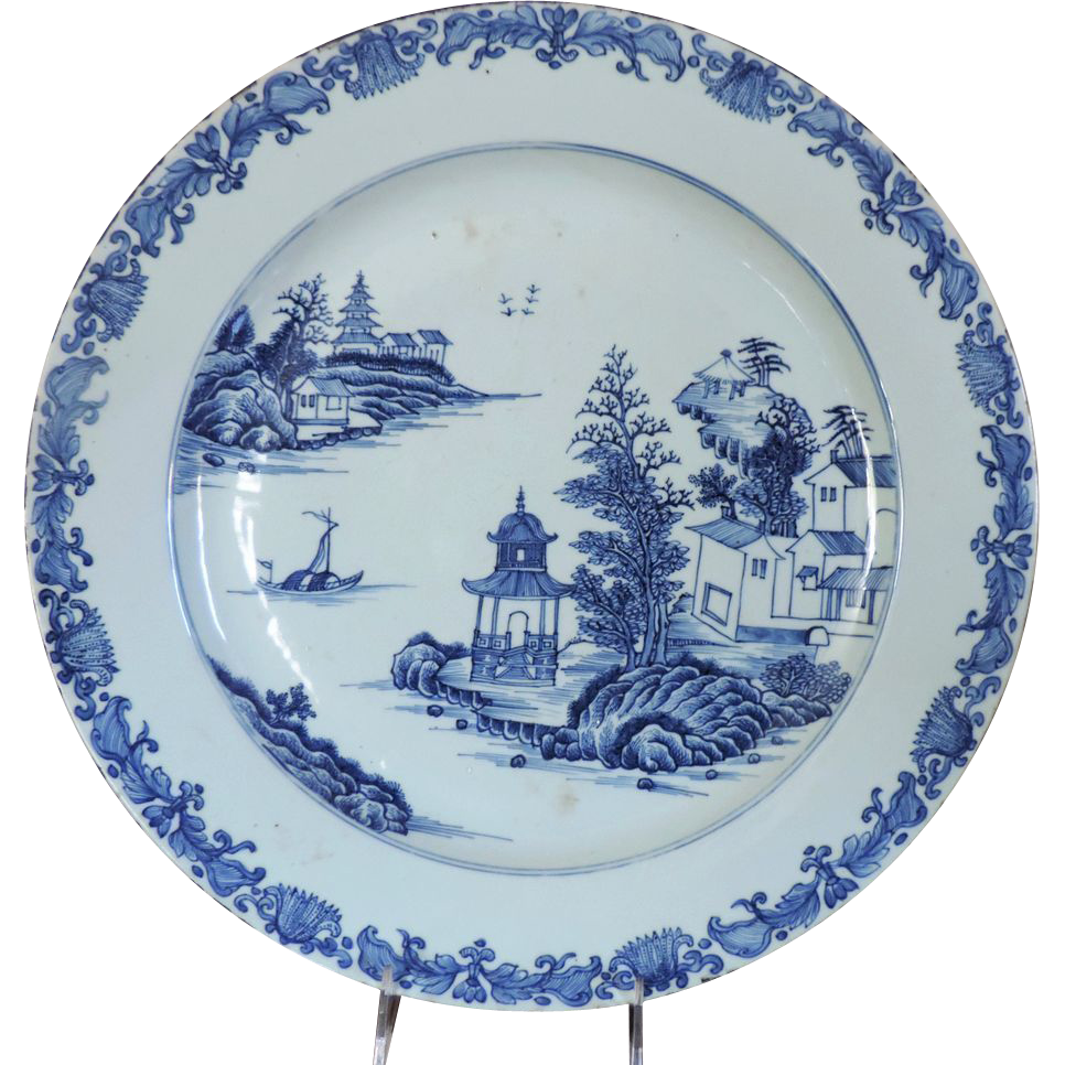 Chinese Porcelain Plates : Antique th century chinese export porcelain blue white