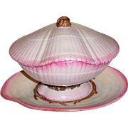 Antique Early 19th century Wedgwood Pearlware Conchology Cockle Sea Shell Form Tureen, Lid & Clam Platter in the Nautilus Pattern