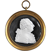 Antique Early 19th century French Desprez Sulphide Glass Cameo of Louis XVI in Gilt Bronze Frame