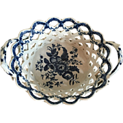 Antique 18th century Worcester Porcelain Oval Basket Decorated in Blue & White in the Pine Cone Pattern