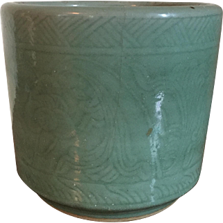Large Antique 19th century Chinese Monochrome Celadon Porcelain Brush Pot or Jardiniere Planter with Incised Decoration