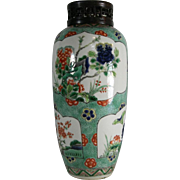 Antique Chinese Kangxi Porcelain Vase or Jar in Famille Verte Palette with Carved Wood Lid