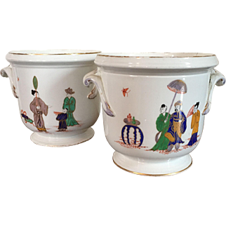 Pair Antique 19th century French St. Cloud Kakiemon Porcelain Bottle Coolers Cachepot or Vases Decorated in the Chinese Taste