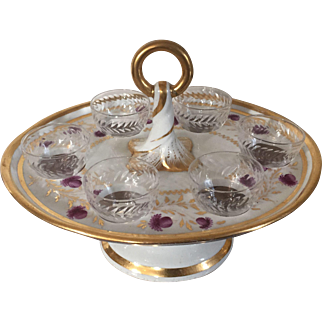 Antique Early 19th century English Coalport Porcelain Toasting Stand with Cut Crystal Glasses or Stirrup Cups for Wine Tasting or Whiskey