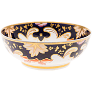 Large Early 19th century English Regency Spode Porcelain Centerpiece Punch Rose Bowl in the Imari Taste 1820