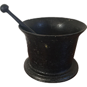 Large & Heavy 19th century American Cast Iron Pharmacy Mortar & Pestle Planter Civil War Era 1860