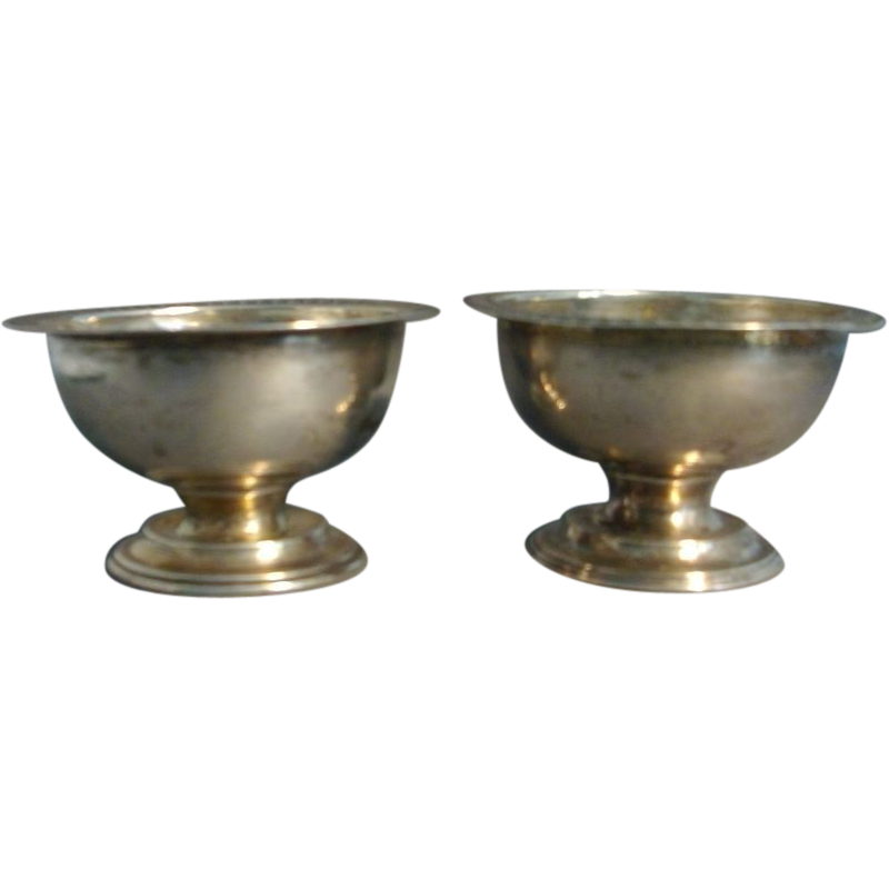 Pair of Early 19th c. American Federal Coin Silver Urn Form Salts