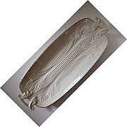 Lenox Handled Celery Tray Ivory with 24K Gold Plating