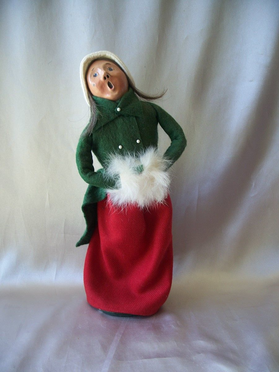Byers Choice Woman Caroler