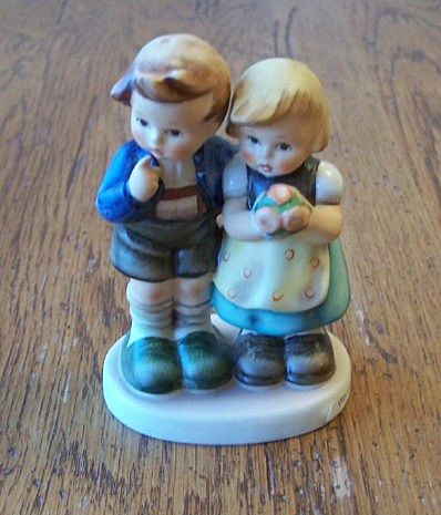 Hummel Goebel We Congratulate Figurine