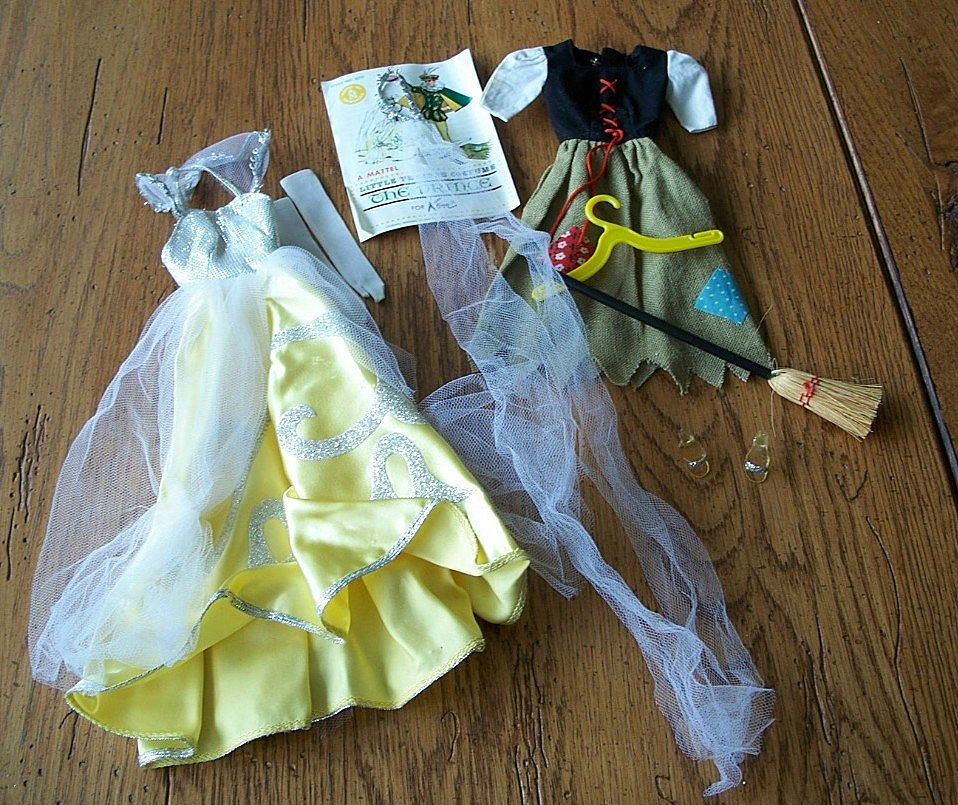 0872 Barbie Little Theater Costume Cinderella Fashion with  Pamphlet