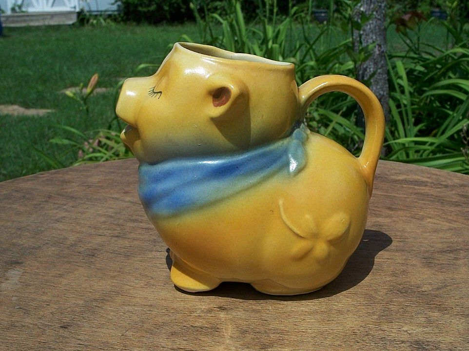 Shawnee Pottery Smiley Pig Creamer USA