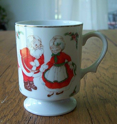 Vintage Santa Claus Christmas Coffee Mug