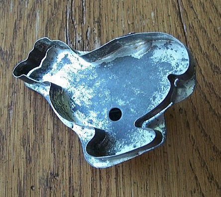 Early Metal Baby Chick Cookie Cutter