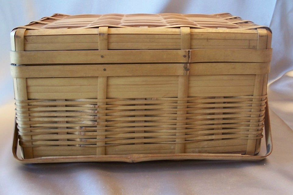 Bamboo Lunch Basket Made In Occupied Japan 1945 t0 1952