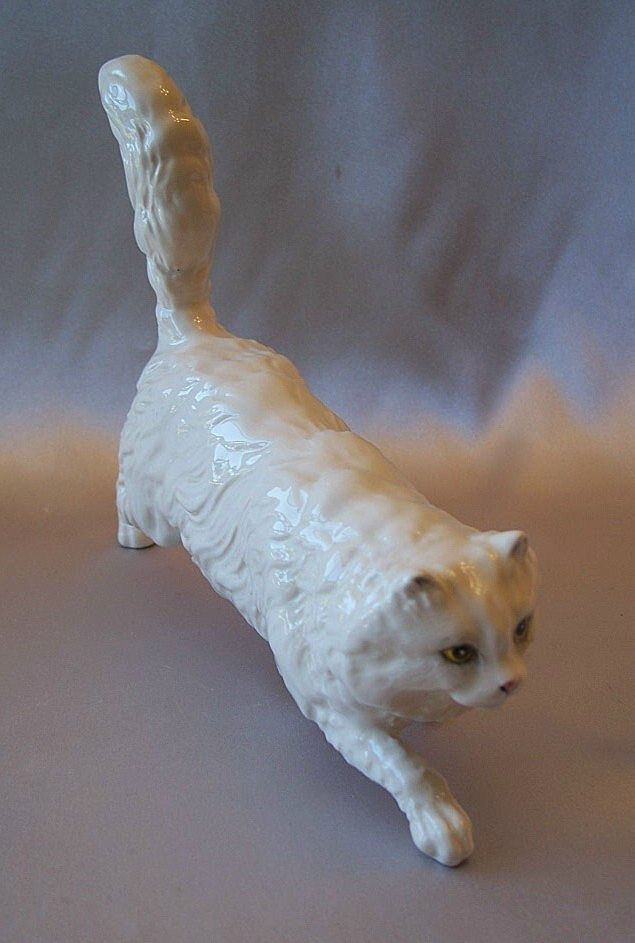Royal Doulton White Porcelain Persian Cat Figurine