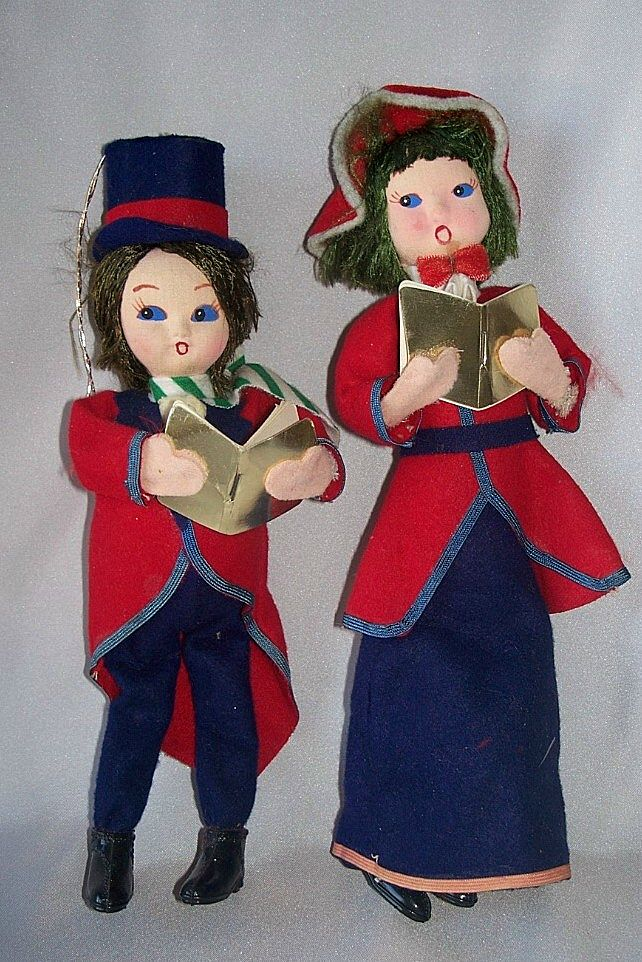 Christmas Tree Carolers Ornaments