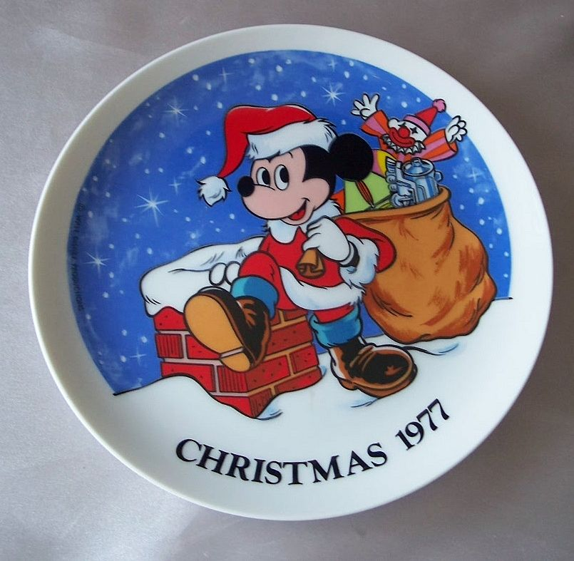 Schmid Walt Disney 1977 Mickey Mouse Collector Plate