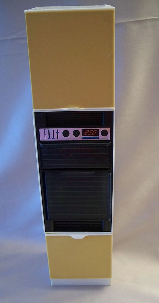 Marx Toys Sindy Doll Wall Oven