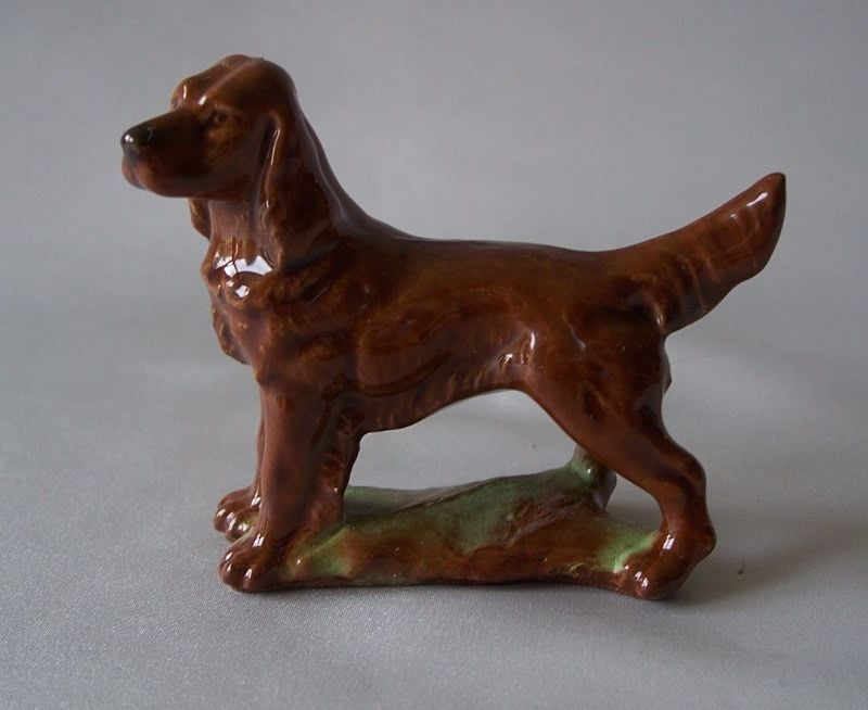 Irish Setter Dog Figurine by Wade