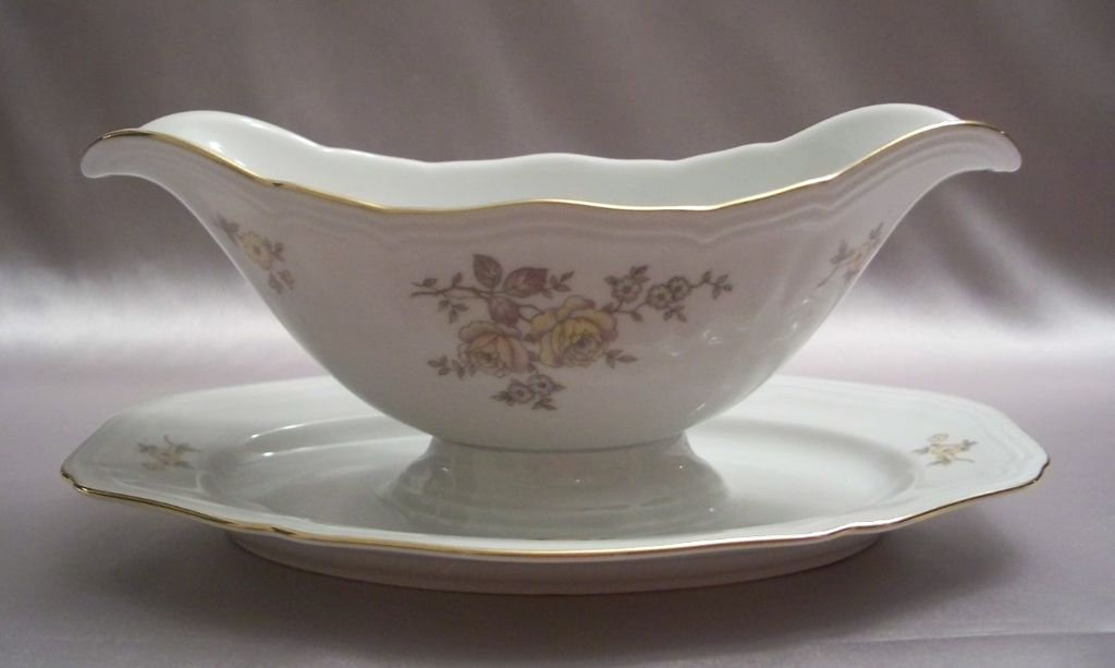 Johann Haviland Bavaria Germany Chippendale Regency Gravy Boat