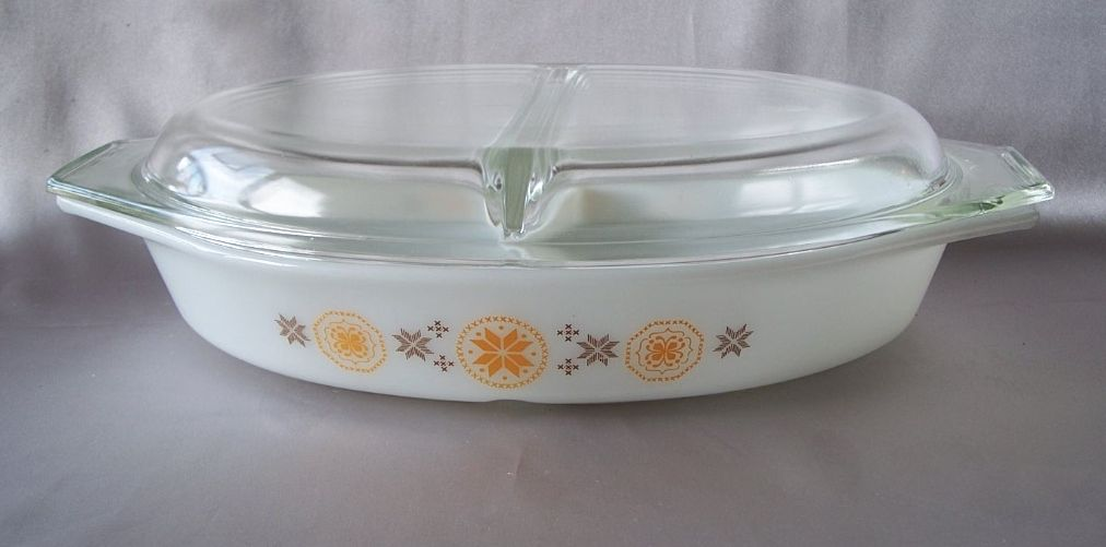 Pyrex Divided Casserole Dish