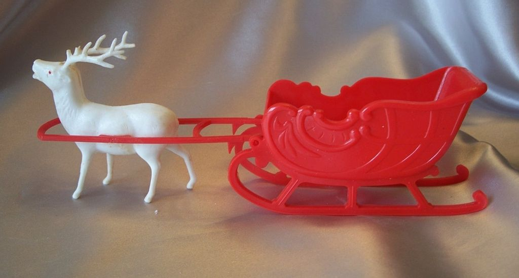 Vintage Irwin  Christmas Reindeer And Sleigh