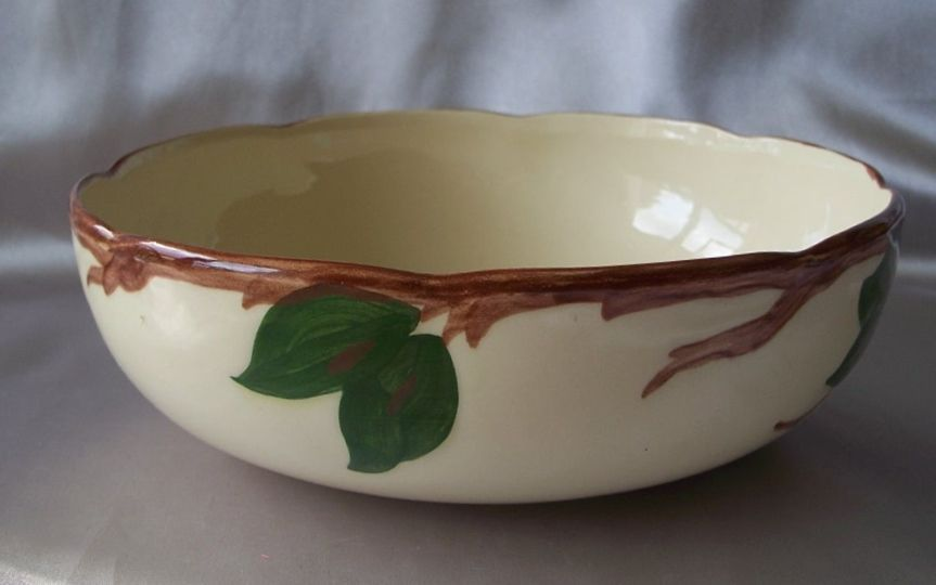 Franciscan Apple Serving Bowl Made In U.S.A.