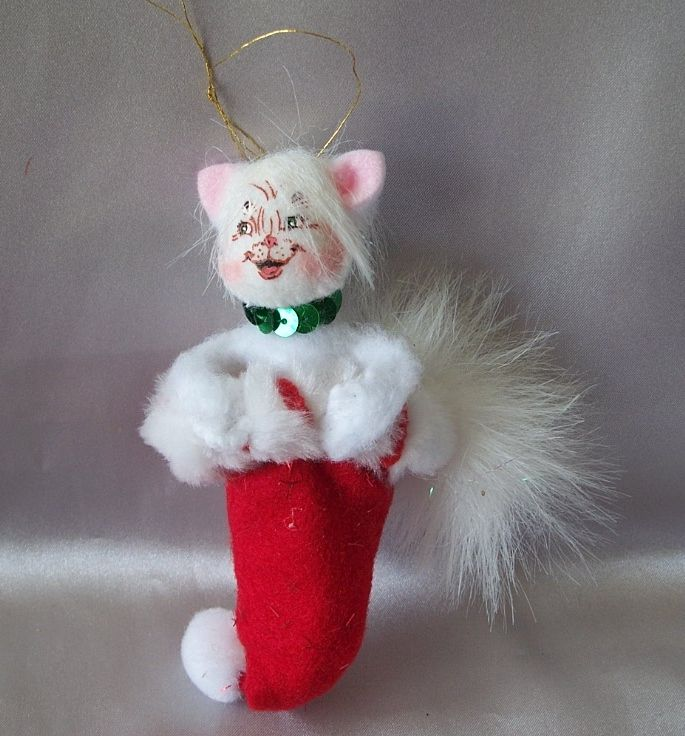 Cute Annalee Kitty Christmas Ornament