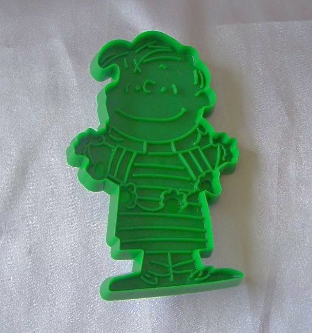 Peanuts Gang Linus Green Cookie Cutter