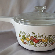 Corning Ware Range Topper 2-1/2 Quart Pot with Pyrex Lid