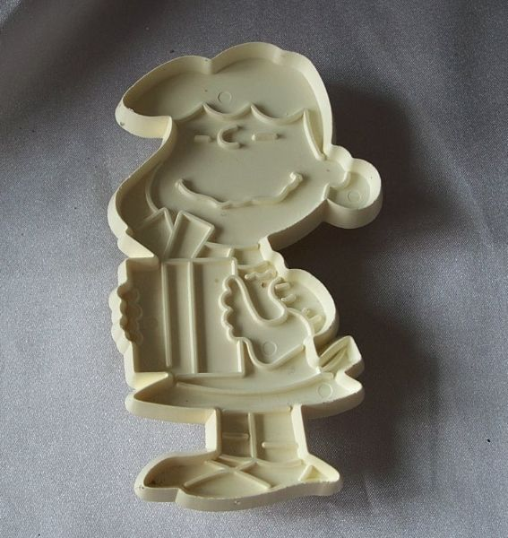 Peanut Character Lucy Cookie Cutter