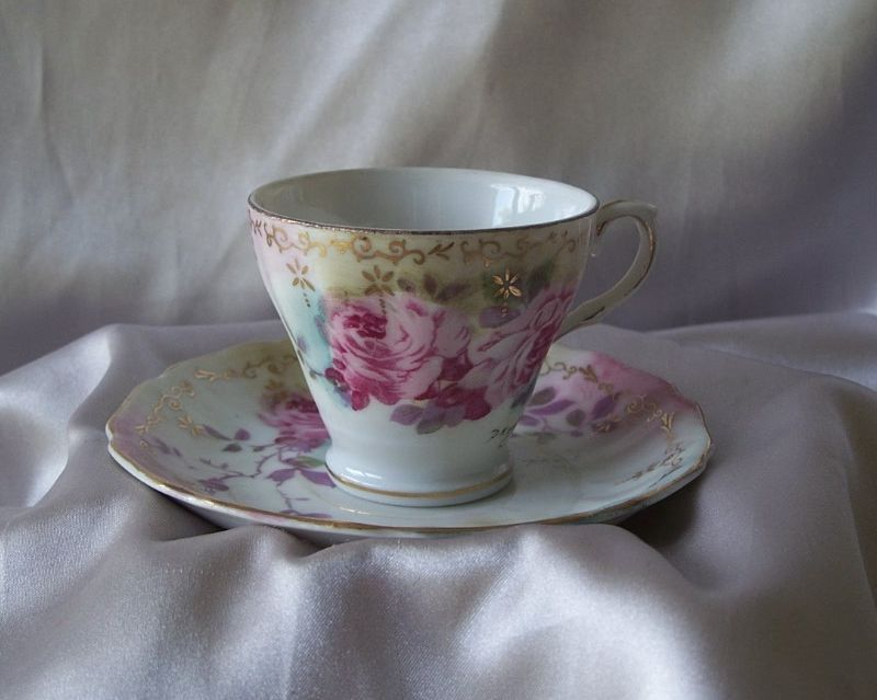 Royal Crown Chantilly Rose Demitasse Cup and Saucer Set