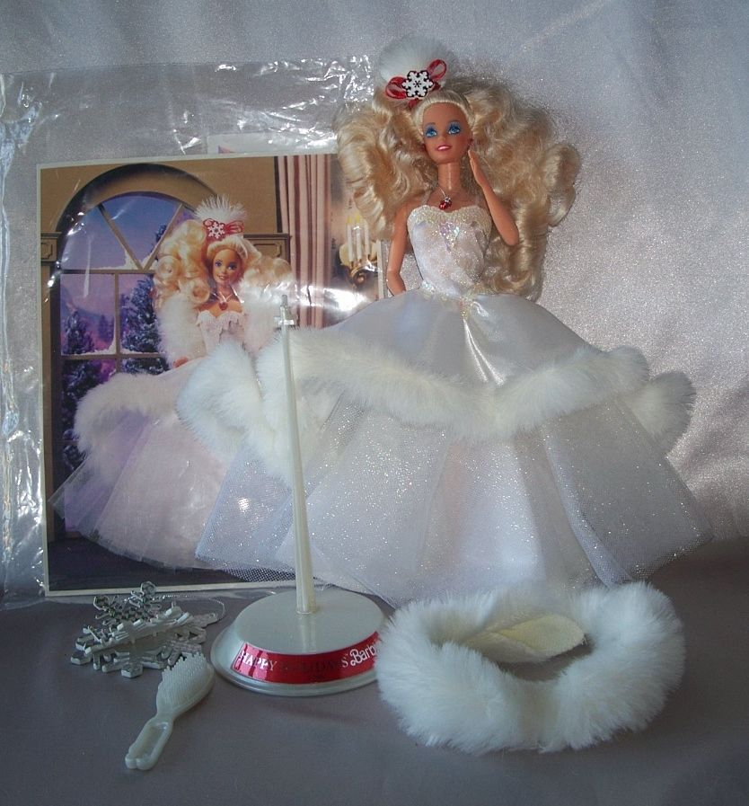 1989 Happy Holiday Barbie Doll