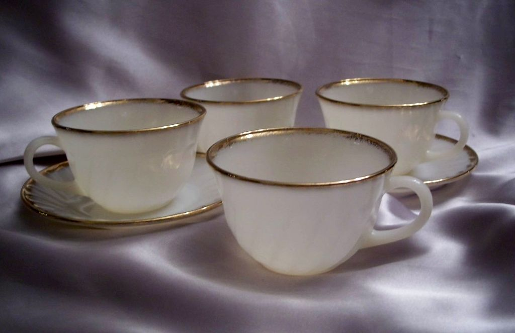 Fire King Golden Anniversary Swirl Four Cups And Two Saucers