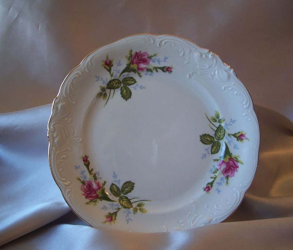 Wawel Poland Pompadour Rose Plate