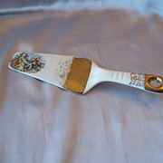 Smith And Taylor  Colonial Couple Ceramic Cake Server