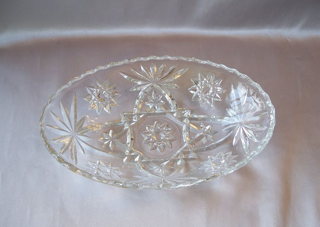 Crystal Anchor Hocking  Early American Oval Bowl
