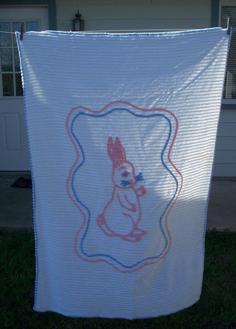 Baby Crib Chenille Bedspread with Rabbit
