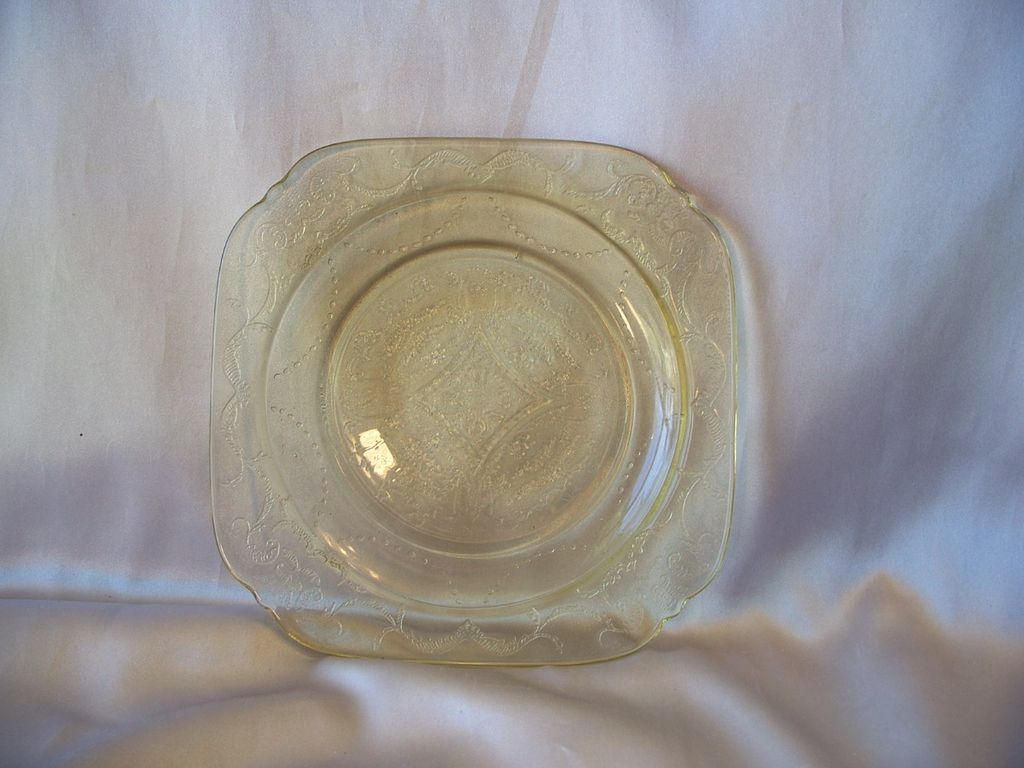 Federal Glass Amber Madrid Salad Plate