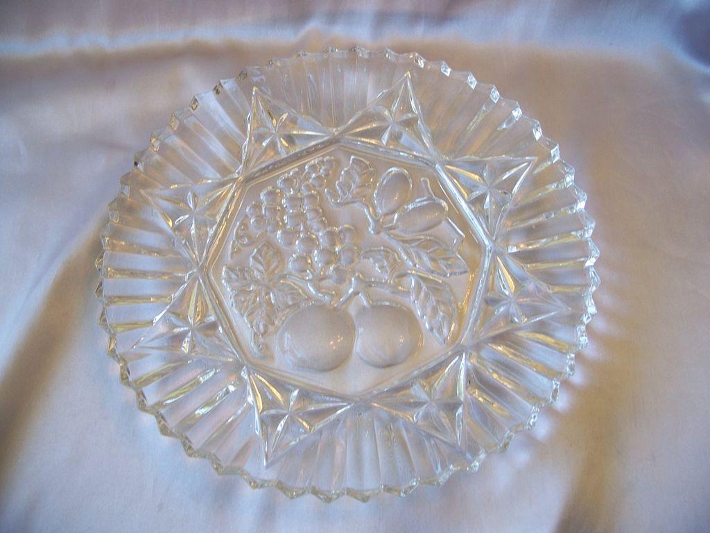Federal Glass Crystal Pioneer Plate