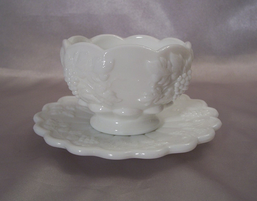 Westmoreland Glass Paneled Grape Mayonnaise and Underplate