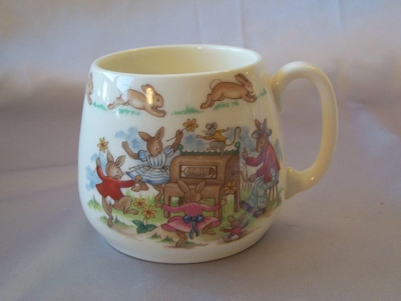 Royal Doulton Bunnykins Dancing Around The Organ Mug
