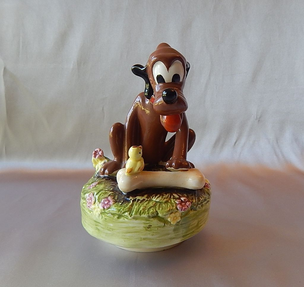 Walt Disney Schmid Pluto Music Box