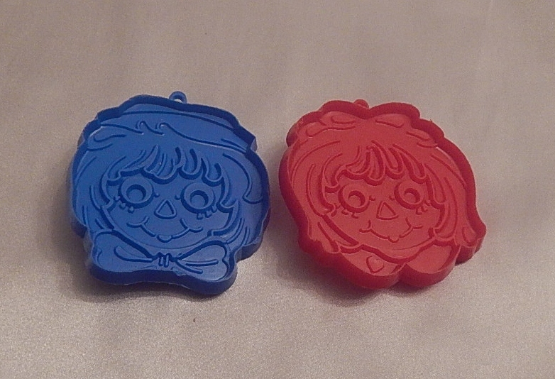 Hallmark Cards Raggedy Ann and Andy Head Cookie Cutters