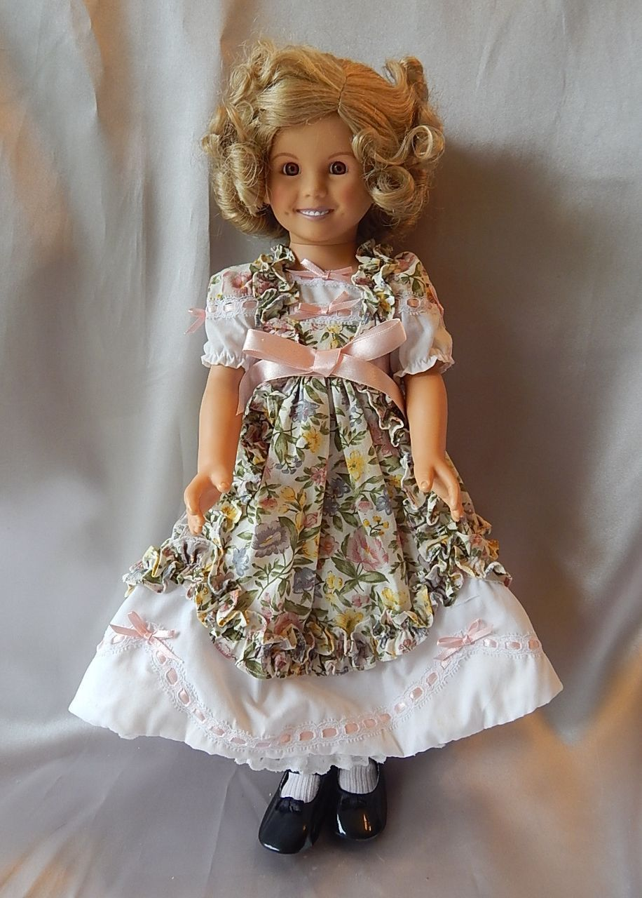 Danbury Mint Vinyl Shirley Temple Doll